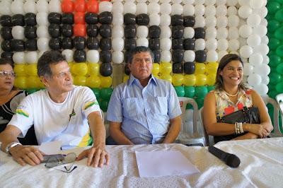 https://marcoaureliodeca.com.br/wp-content/uploads/2012/07/Ildon-Marques-e-Rosangela-Curado.jpg