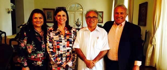 Foto 3 - Governadora e prefeito de Barreirinhas
