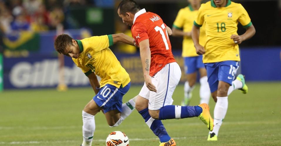 19nove2013---neymar-e-medel-travaram-um-duelo-durante-toda-a-partida-entre-brasil-x-chile-1384914589045_956x500