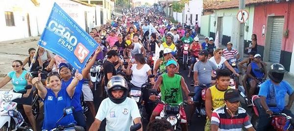 Motocada organizada por Soliney Silva, com gente a não poder mais ver...