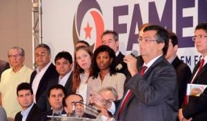 Dino com os prefeitos: apresentação dos secretários