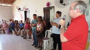 Em reunião nas comunidades: solidariedade