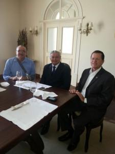 Deputado César Pires em reunião com o governador Arnaldo Melo e o reitor da Uema,