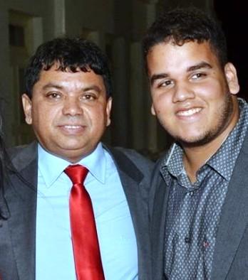 Márcio e o filho, Caetano: cargos também na prefeitura