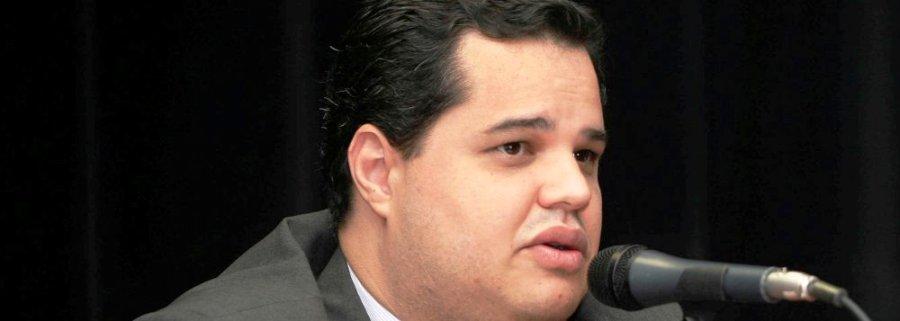 Murilo Andrade, importando de Minas Gerais, sem sequer avaliação do currículo