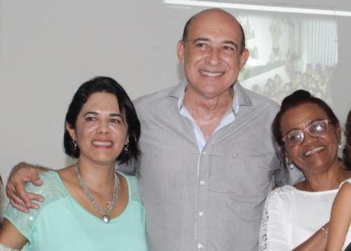 Ribamar Alves, a primeira-dama Luana Alves e a secretária Concita Costa: em prol da Educação de Santa Inês