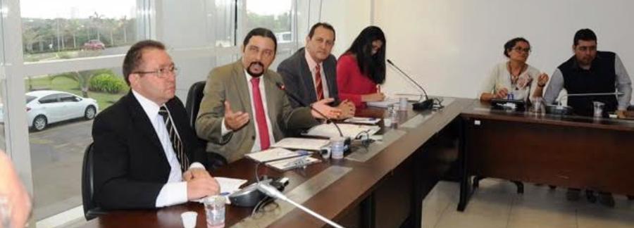 Júnior Verde conduziu sessão de instalação da Frente