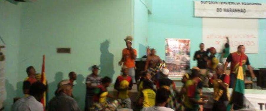 Quilombolas e indígenas na sede do Incra
