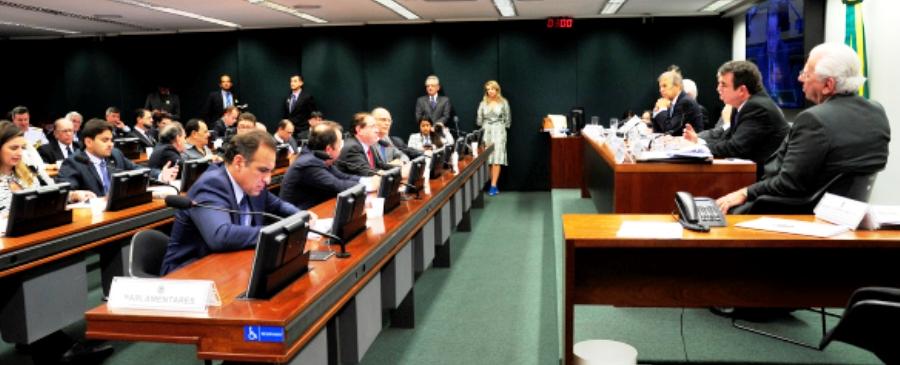 Juscelino: participação efetiva na discussão sobre portos
