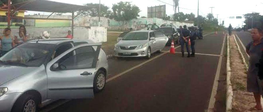 Policiais em barreira na região de Panaquatira; todo fim de semana, segundo o governo