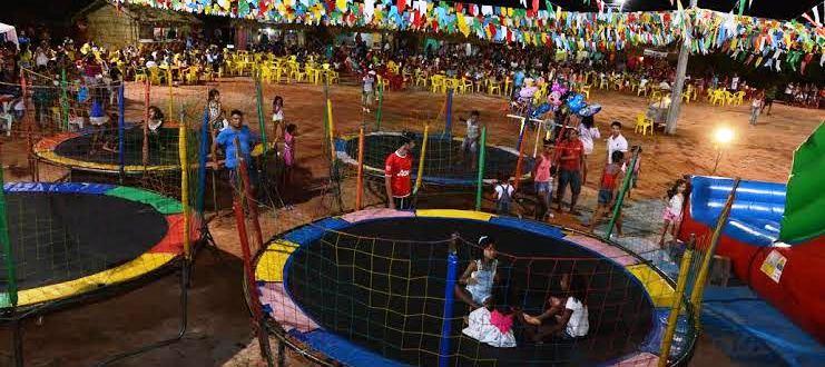As crianças também tiveram seu espaço, com vários brinquedos
