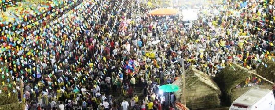 População lotou o parque de eventos para assistir as atrações