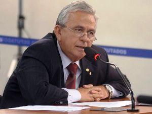 Fernandes viu lucidez no artigo do ex-governador