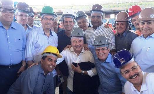 Parlamentares em meio ás obras no Rio de Janeiro