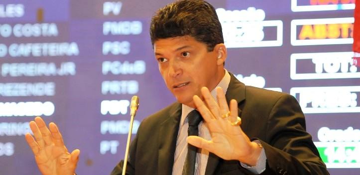 Marcos Caldas já se prepara para nova eleição