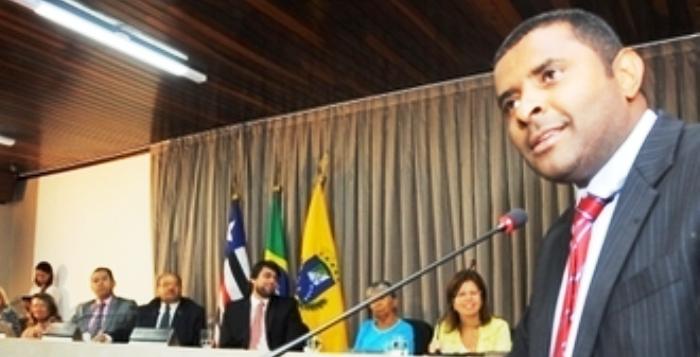 Fábio Câmara conseguiu convencer os colegas a investigar setores da prefeitura