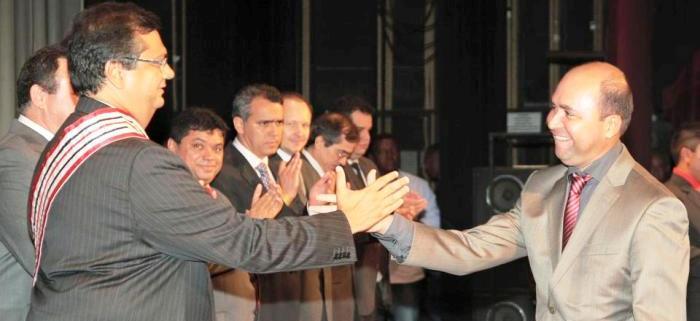 Dino seu chefe de comunicação, Robson Paz: sectário, o radialista é incapaz de formular políticas de comunicação