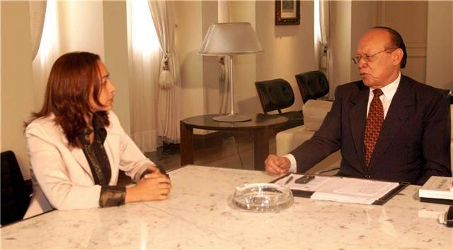 ..Mas o senador João Alberto já abriu outro canal de interlocução, com Eliziane Gama...