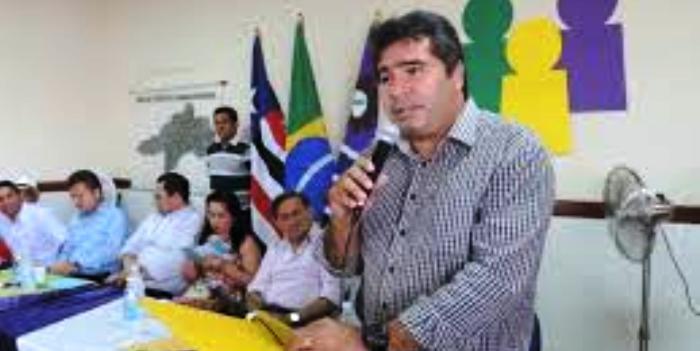 Cid Costa também vai cortar gastos em Buriti Bravo