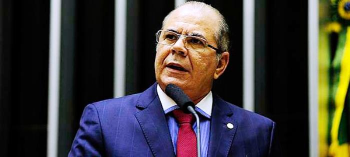 Hildo Rocha quer intervenção nacional no PMDB