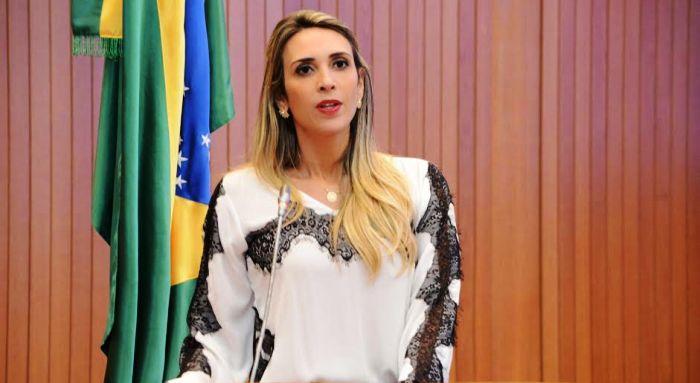 Deputada confirma disposição em disputar o partido contra o senador João Alberto