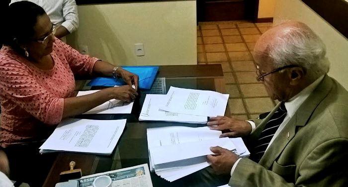 Aliados da deptuada Andrea Murad registram a chapa com a qual ela pretende concorrer à presidência do PMDB