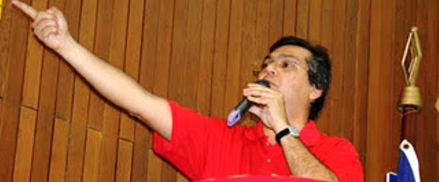 Flávio Dino: gestos ensaiados à exaustão e frases de efeito pré-concebisas