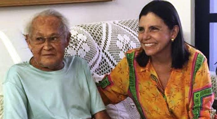 """Seu Benedito, de 88 anos, também recebeu a visita da """"Branca"""", no Renascença..."""