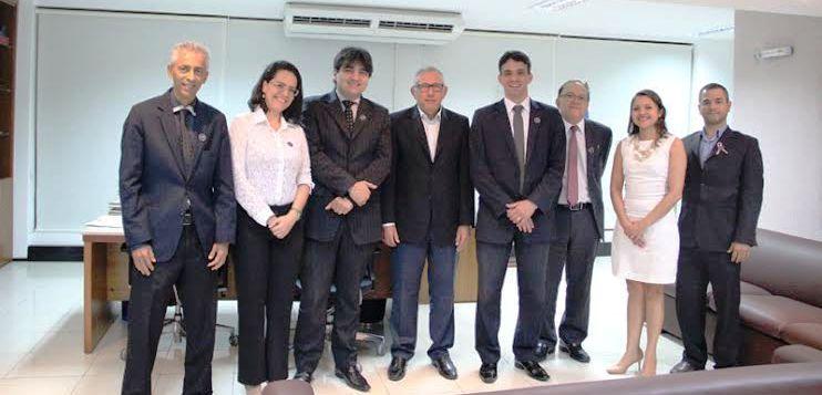 Thiago Diaz e os membros do TRT-MA
