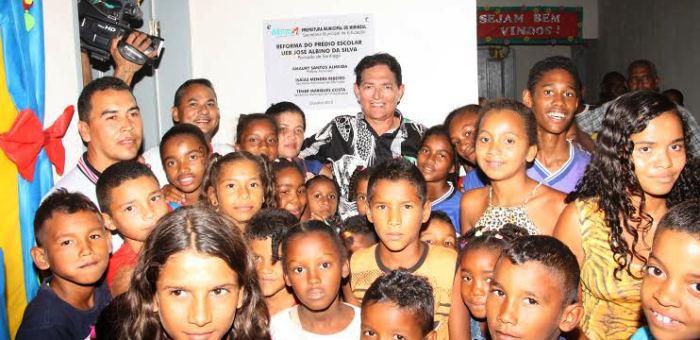 ntrega oficial da escola Jose Albino da Silva totalmente reformada