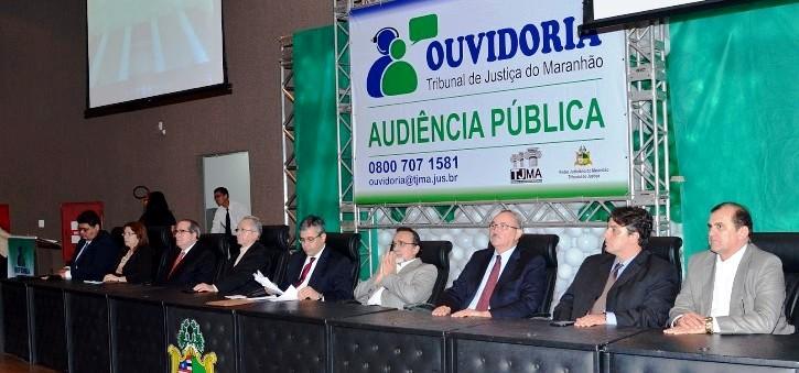 Pires entre os representantes de todas as entidades que participaram do evento
