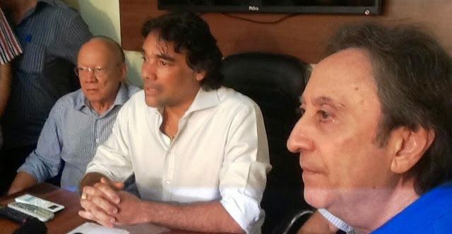 João Alberto com Edinho e Ricardo: a ordem agora é unificar o PMDB