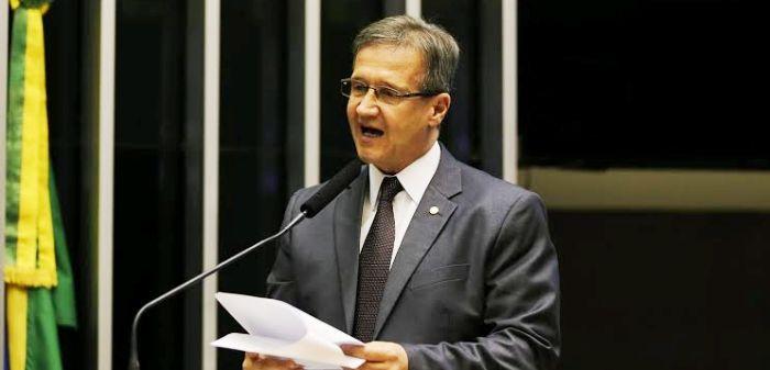 Aluísio, na tribuna da Câmara Federal