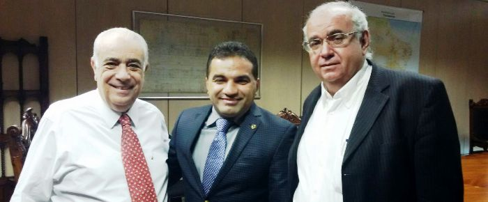 Josimar com o ministro e o diretor do DNIT