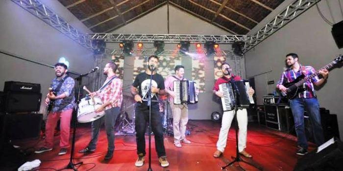 Banda paraibana Os Gonzagas: sucesso de volta ao palco das Dunas