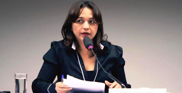 Eliziane atua em defesa da ética na Câmara dos Deputados