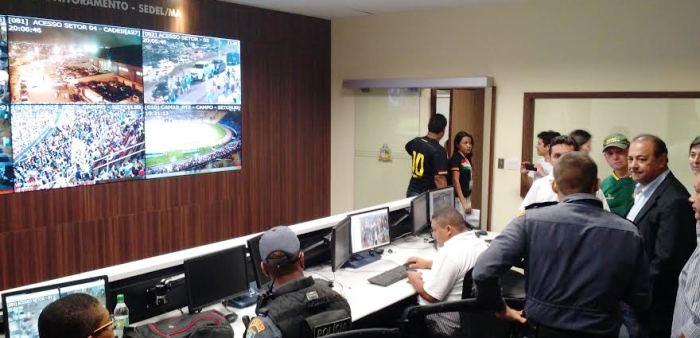 ...E viositou também a central de monitoramento da Sedel, no Castelão