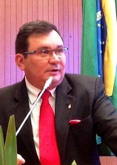 """Ivaldo Rodrigues: """"história de luta pela igualdade"""""""