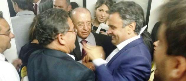 Roberto Rocha com Aécio Neves: apoio recíproco