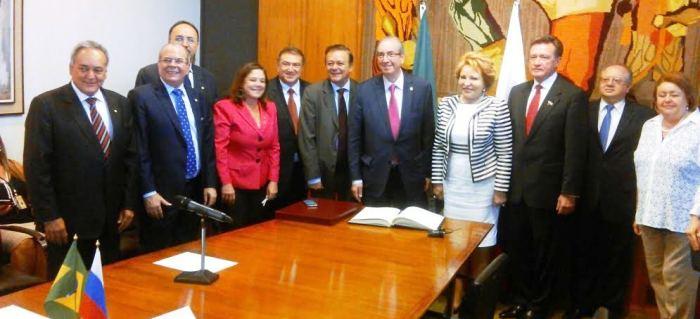 Hildo Rocha com o demais parlamwentares russos e brasileiros no encontro de cooperação