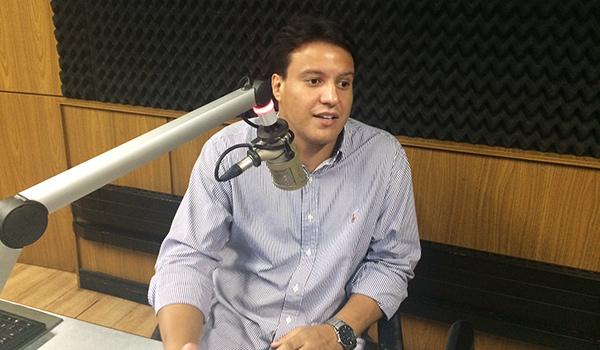 Felipe Camarão em entrevista à Mirante AM