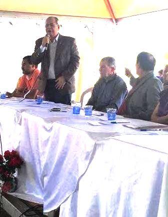Hildo Rocha, em discurso em Porto Nacional (TO) obre novos municípios
