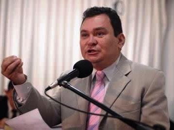 Ivaldo Rodrigues, autor da homenagem