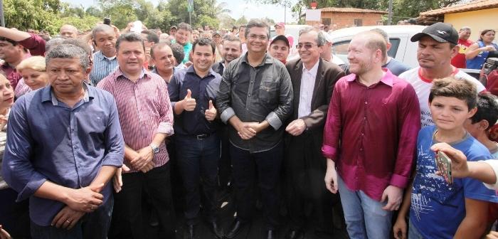 Prefeitos e parlamentares comemoraram a ação do overno
