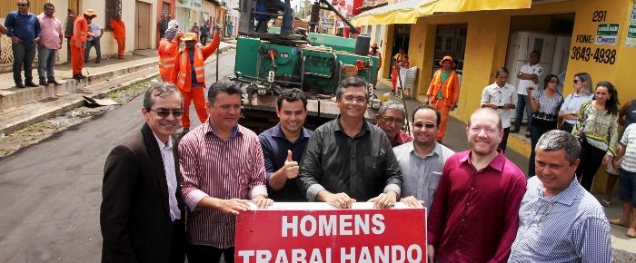 Otelhino com Flávio Dino e outras lideranças em Barra do Corda