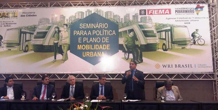 Zé Inácio, durante discurso no seminário