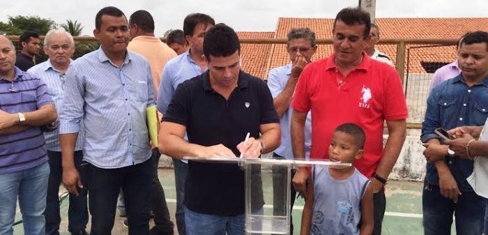 Gil Cutrim autorizou a implantação dos novos equipamentos públicos no Parque Jair