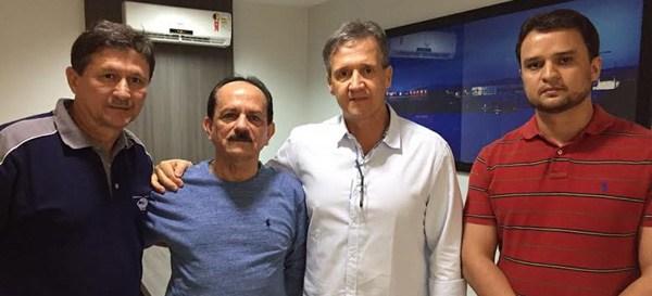 Em outra rente, Julinho hoje tem Aluisio e deve ter todo o PMDB, PV e DEM
