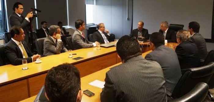 Weverton acompanha a fala do chefe da ANTT sobre o projeto