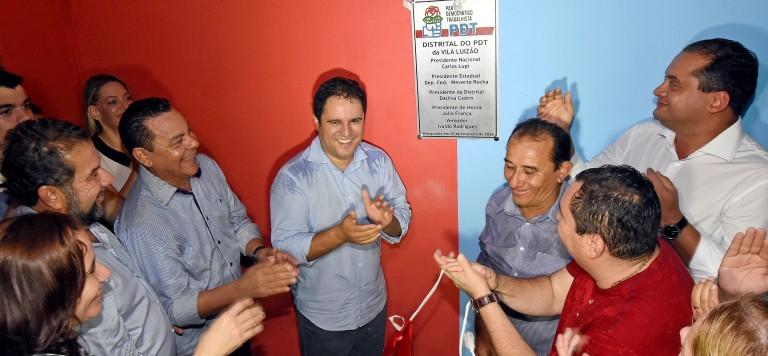 O prefeito durante a inauguração da distrital Turu do PDT